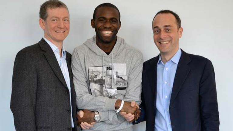 Muamba se retira del f&uacute;tbol por sus problemas card&iacute;acos