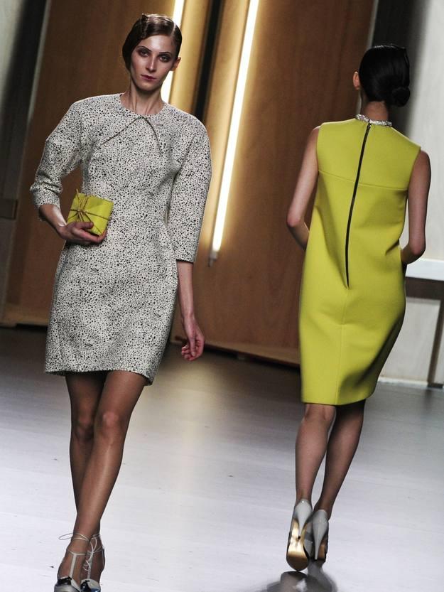 Muchos vestidos en la colección de Ana Locking