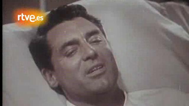 Muere el actor Cary Grant (1986)