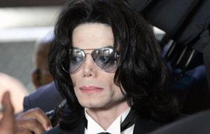 Ver v?deo  'Muere Michael Jackson a los 50 años'