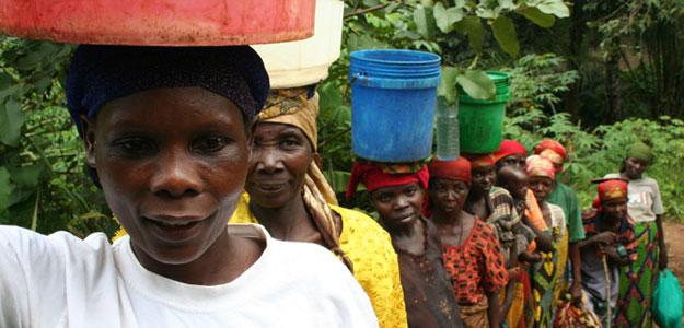 Las mujeres de Makamba, en Burundi, se han organizado en Comités del Agua