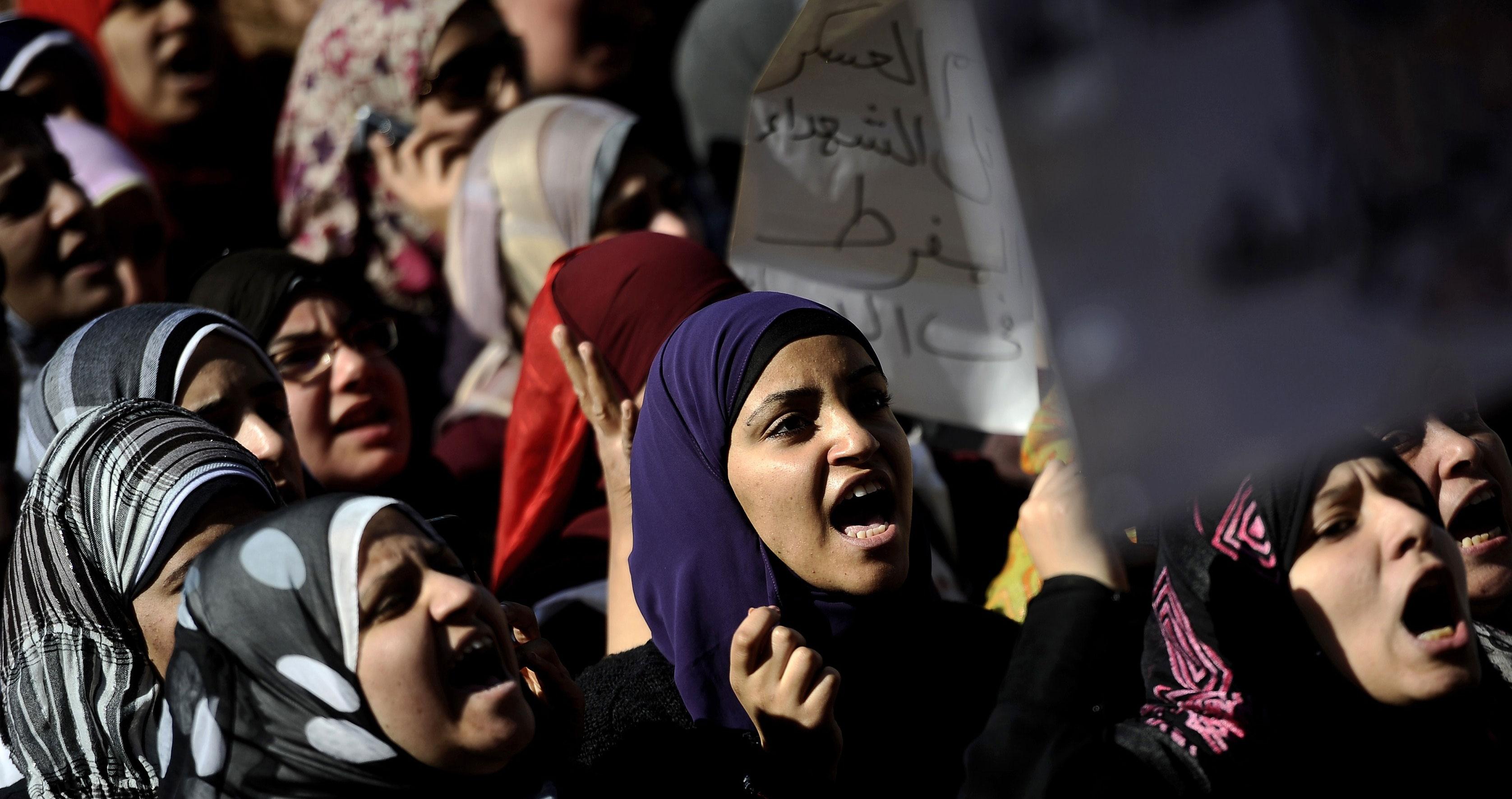 Mujeres marchan en Tahrir