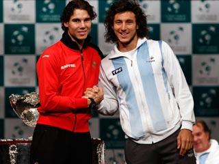 Ver vídeo  'Nadal-Mónaco, primer partido de Davis'