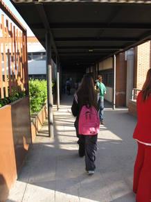 Los alumnos del Gerardo Diego no tienen reparo en que otra alumna lleve velo.