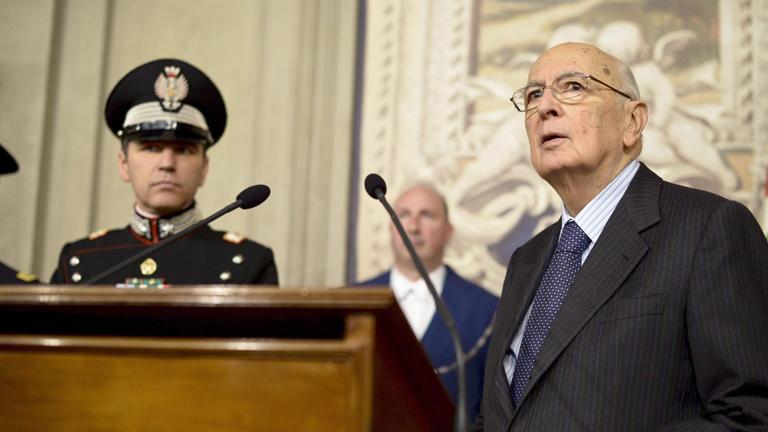 """Napolitano pide responsabilidad a los políticos y afirma que """"continuará hasta el último día"""""""