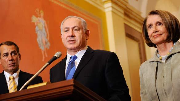 Netanyahu, antes de reunirse con Pelosi y el republicano Boehner en el Congreso.