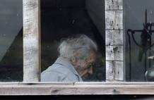 Nicanor Parra en su casa de la localidad costera de Las Cruces (Chile), el día que