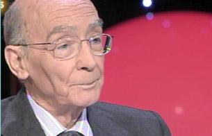 Ver v?deo  'El Nobel José Saramago habla con Juan Ramón Lucas en 'En noches como esta''