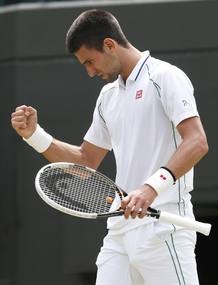 Novak Djokovic, en su partido de cuartos de final de Wimbledon.