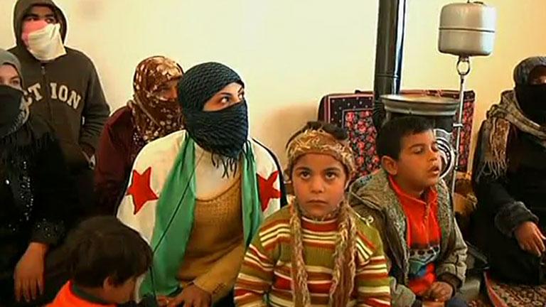 Al menos 30.000 personas han abandonado Siria, según ACNUR