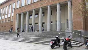 Ver vídeo  'Nuevas medidas de recortes de gastos para la Universidad y subida de tasas'