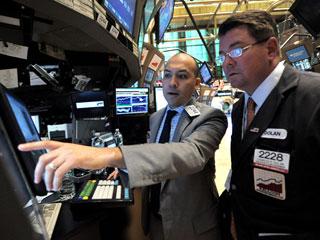 Ver v?deo  'Obama anuncia una investigación sobre lo que ocurrió ayer en Wall Street'