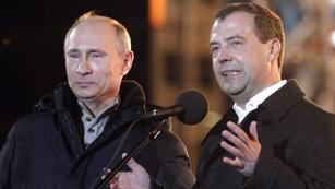 Ver vídeo  'Observadores internacionales y oposición denuncian irregularidades en las elecciones rusas'