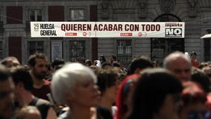 Ver vídeo  'Octava huelga general de la democracia'
