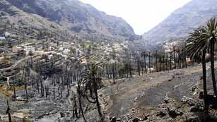 Ver vídeo  'La ocupación hotelera cae al 20% en La Gomera por los incendios'