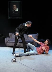 'Odio a Hamlet' reflexiona sobre la banalidad de los productos televisivos de baja calidad.
