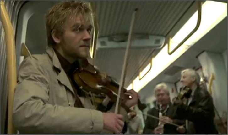 On Off: La filarmónica sube al metro