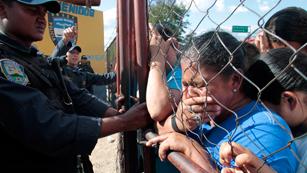 Ver vídeo  'La Oficina de Naciones Unidas para los Derechos Humanos pide una investigación sobre el incendio de la cárcel de Honduras'
