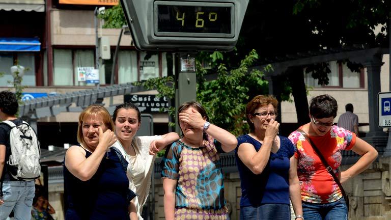 La ola de calor mantiene en alerta a 29 provincias, pero tiende a remitir