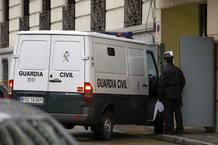 Un furgón de la Guardia Civil traslada a la Audiencia Nacional a Pedro María Olano