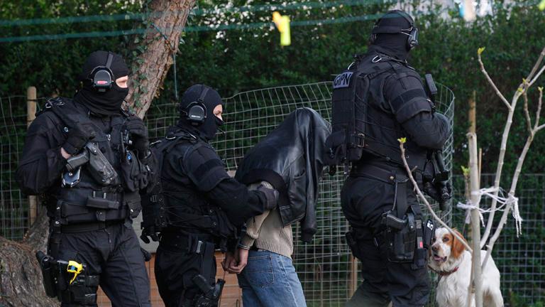 La policía francesa detiene a 19 personas presuntamente relacionadas con círculos islamistas