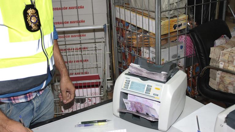 "Cosidó califica de ""histórica"" la operación contra la mafia china de blanqueo de capitales"