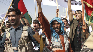 Ver vídeo  'La OTAN suspende temporalmente el entrenamiento de reclutas afganos'