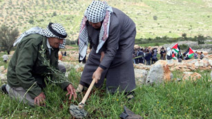 Ver vídeo  'Los palestinos celebran el Día de la Tierra'