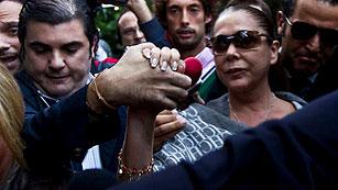 Ver vídeo  'Pantoja se sienta en el banquillo por blanqueo de capitales'