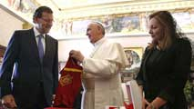 Ir al Video El papa Francisco recibe a Rajoy en el Vaticano