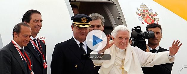 """El papa se despide de los jóvenes con el encargo de que sean """"fermento de nuevos cristianos"""""""