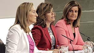 Ver vídeo  'Los parados en hogares con más de 481 euros por cabeza no cobrarán los 400 euros'