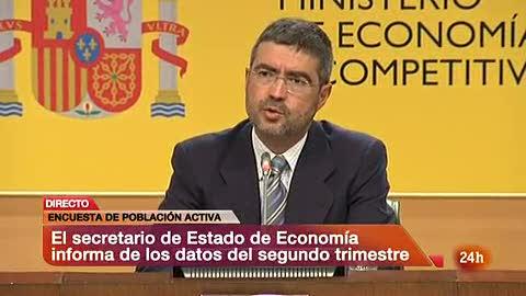 """Ver vídeo  'El paro muestra signos """"menos negativos"""" según Economía"""