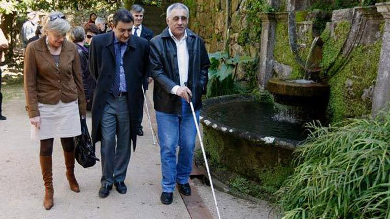Un parque sensorial para personas ciegas