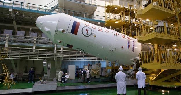 Una parte de la nave Soyuz TMA-08M durante las pruebas en el Cosmódromo de Baikonur en Kazajistán.