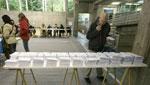 La participación en las elecciones gallegas cae casi un punto