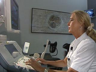 Ver v?deo  '¿Qué pasa con los embriones que sobran a las parejas después de la fecundación in vitro?'