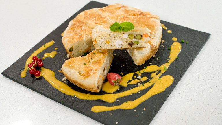 Saber cocinar - Pastel relleno de arroz y frutos secos 