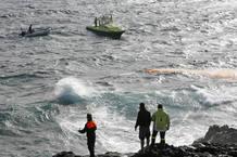 Una patera naufraga en Lanzarote