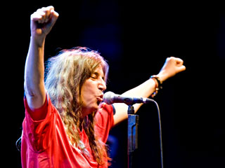 Ver v?deo  'Patti Smith de gira por España'