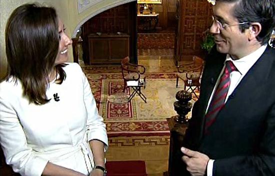 """Desayunos - López: """"Ni una sola de mis medidas supondrá la exclusión de nadie"""""""