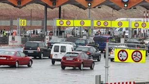 Ver vídeo  'Los peajes de las autopistas subirán un 7,5% a partir de esta medianoche'