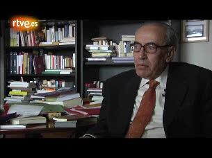 Ver vídeo  'Peces-Barba valora la figura de Suárez después de 34 años de que fuera nombrado presidente'
