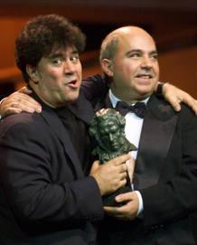 Pedro y Agustín Almodóvar en 2000