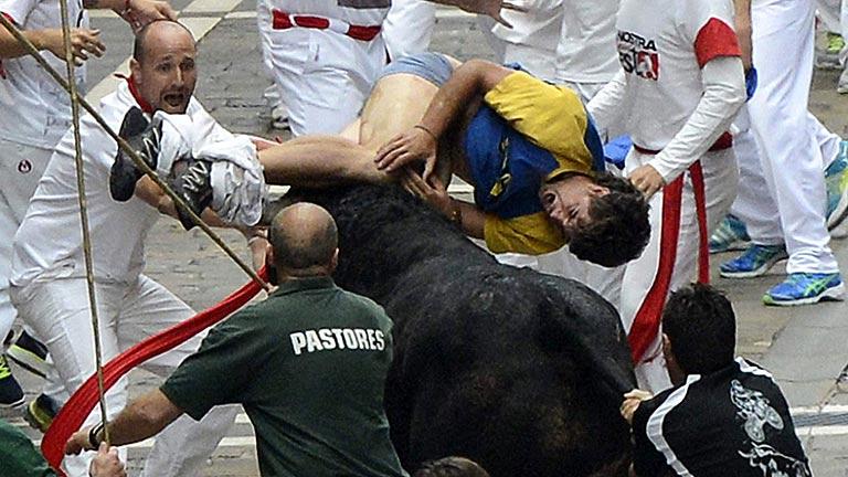Peligros�simo sexto encierro de San Ferm�n 2013, de los toros de El Pilar