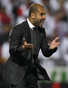Pep Guardiola durante el último partido de su equipo, ante el Granada en 'Los Cármenes'.