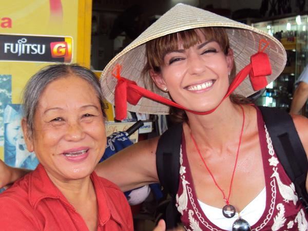 Pepa hizo amigas en Vietnam - Buscamundos