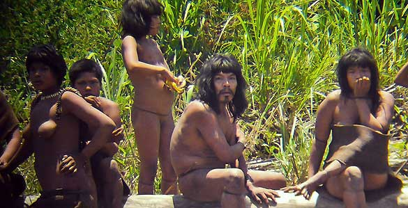 Tribu aislada del Amazonas