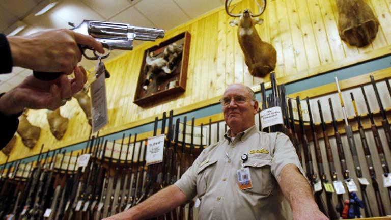 El estado de Iowa decide conceder a los ciegos permiso de armas de fuego