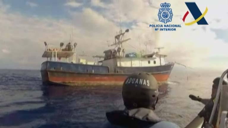 El pesquero con tres toneladas de cocaína llegará el jueves a Vigo